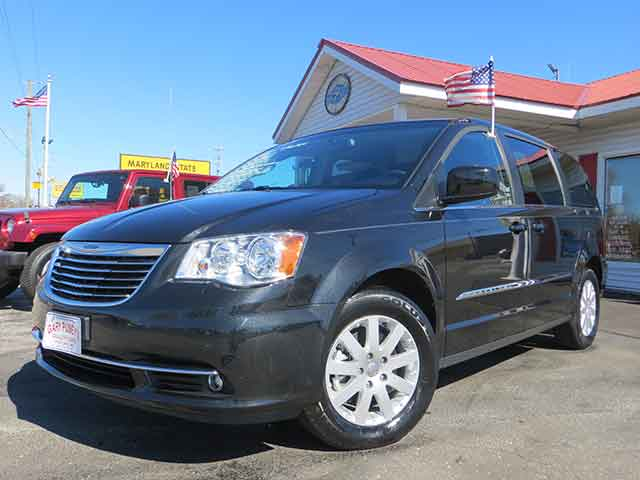 "2015 Chrysler Town and Country ""Touring"" DVD"