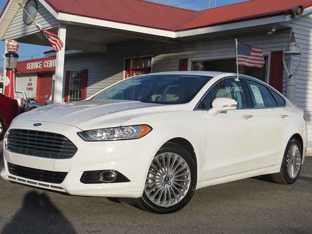 "2016 Ford Fusion ""Titanium"" SPECIAL ONLY $19,995!!"