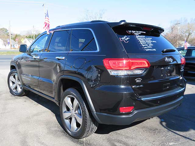 "2015 Jeep Grand Cherokee ""Limited"" 4x4 Nav./Pan Roof/Low Miles"
