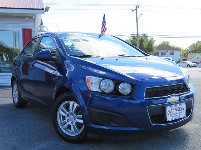 "2013 Chevrolet Sonic ""LT"" Turbo 6 spd. VERY AFFORDABLE/GREAT GAS MILEAGE!"