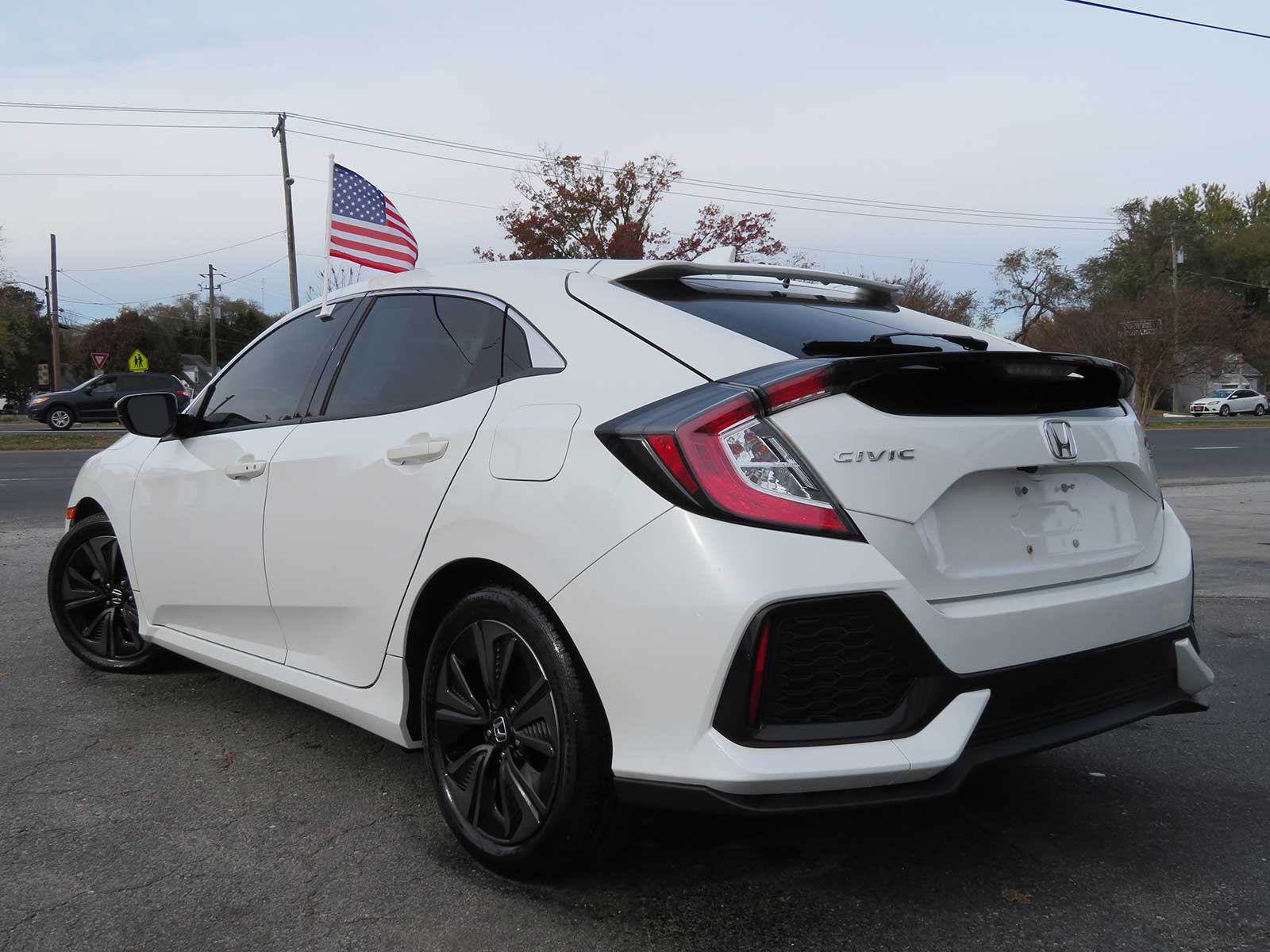 "2018 Honda Civic ""EX"" Hatchback Low Miles/Sunroof/Automatic/Loaded"