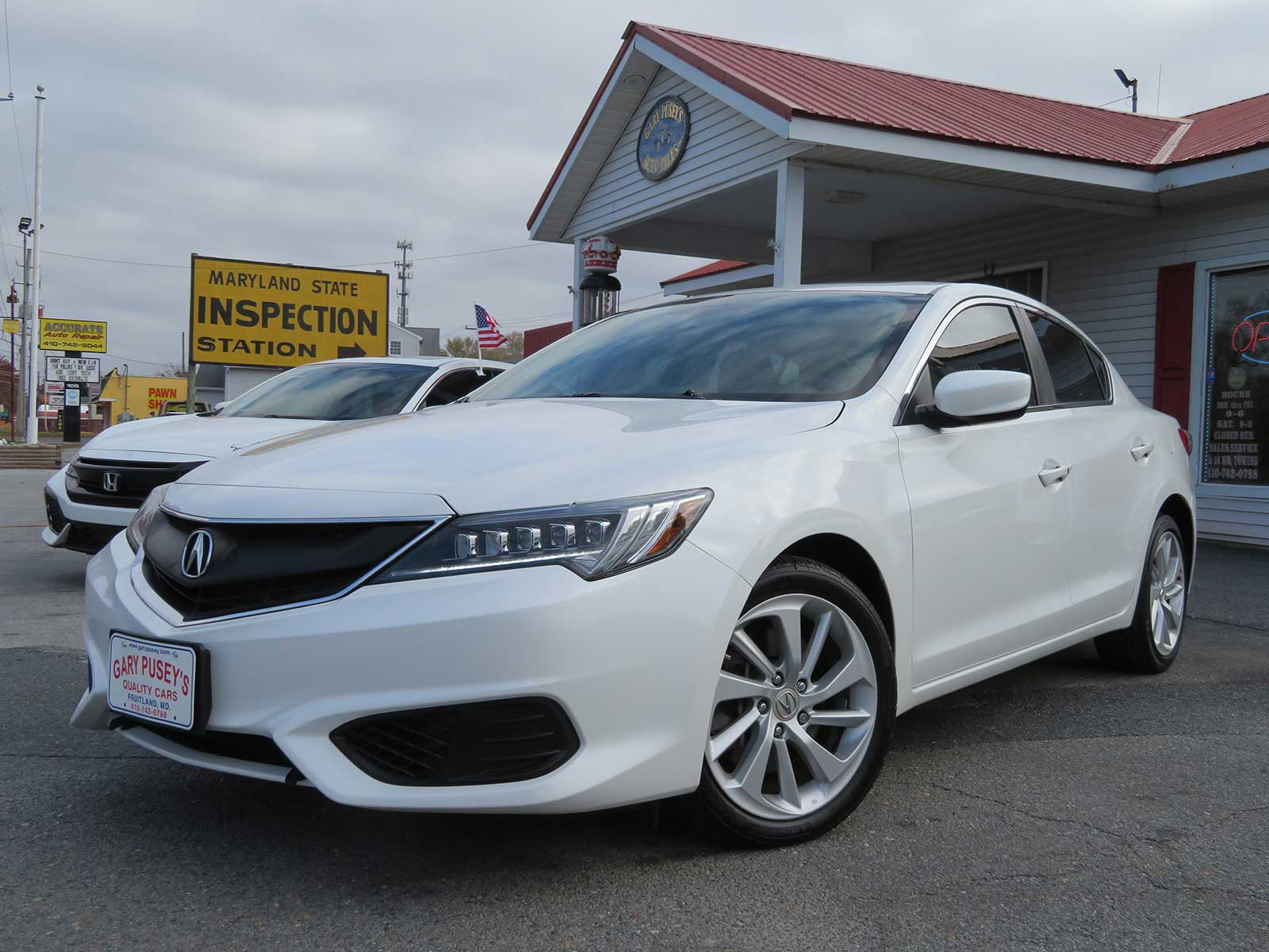 2017 Acura ILX ONLY 22,k miles!