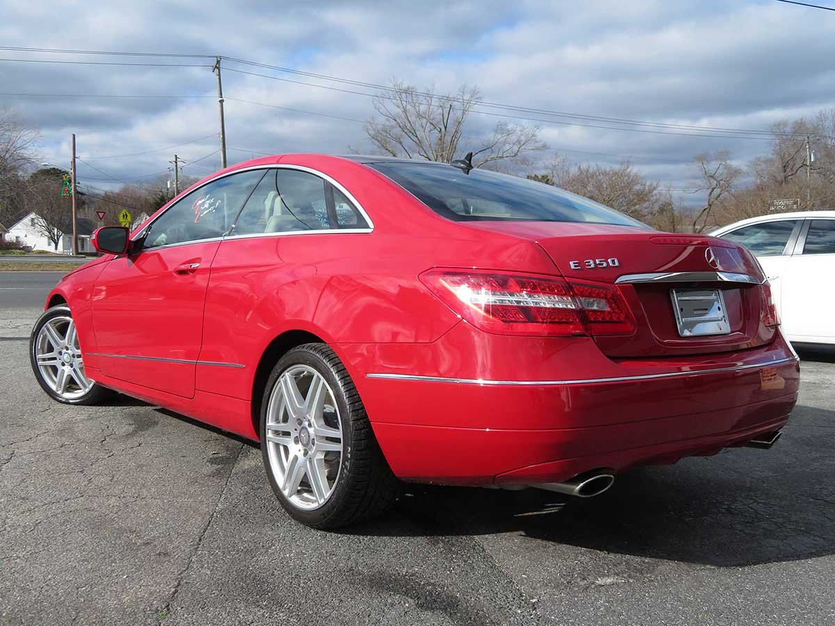 2010 Mercedes E350 Coupe AMG pkg. Nav./Pan. Roof/Leather/ONLY 38,k miles!