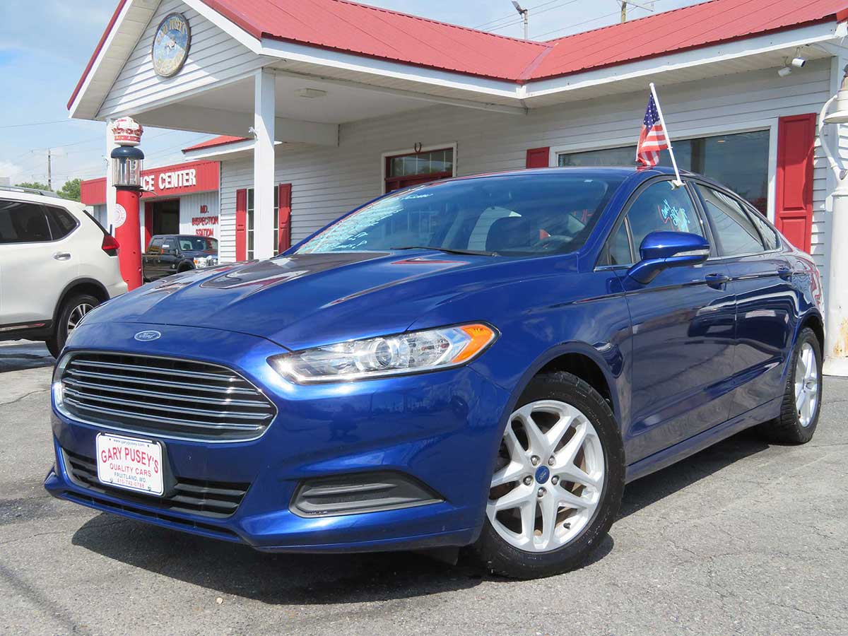 "2014 Ford Fusion ""SE"" ONLY 28,k miles!! AFFORDABLE!!"