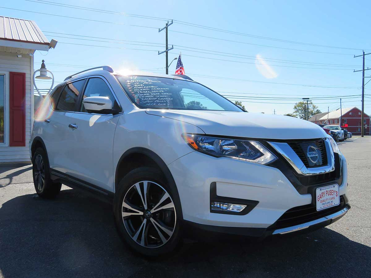 "2017 Nissan Rogue ""SL"" AWD/Leather"